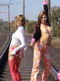 Hot Teens Kissing And Flashing Boobies On The Rail - Picture 6